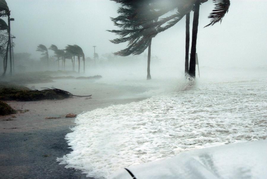 Subtropical Storm Alberto floods Florida