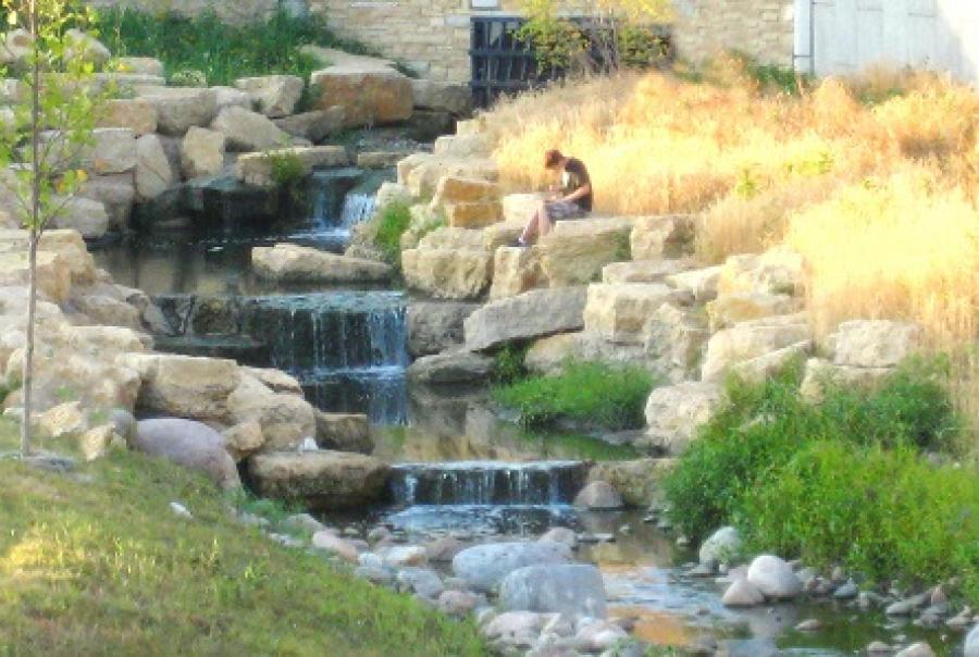 Green infrastructure mitigates flood risk in Champaign, Ill.