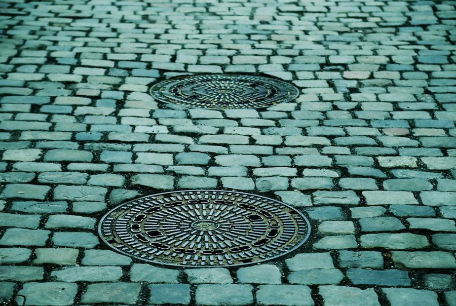 MWRD funds permeable pavement alleys for storm water runoff management
