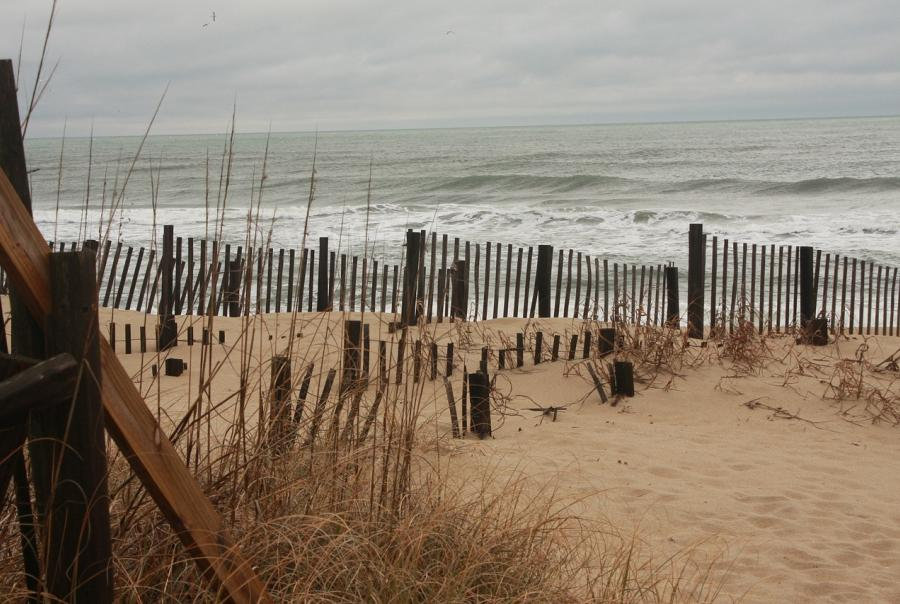 Hurricane Florence threatens mid-Atlantic coast
